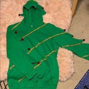 American Rag Christmas sweatshirt hoodie